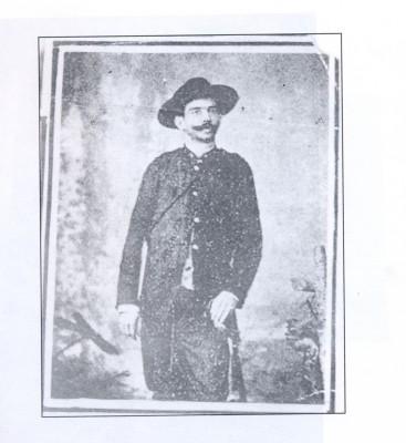 Con 33 años y el grado de general de brigada fue elegido Secretario de Guerra en el Consejo de Gobierno que presidió Bartolomé Masó. (Foto: Cortesía del Archivo Histórico Provincial de Villa Clara)